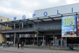 Atirador fere 25 pessoas em ataque a complexo de cinema na Alemanha