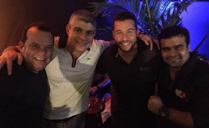 Autoridades e famosos marcam presença em evento de MMA em Salvador