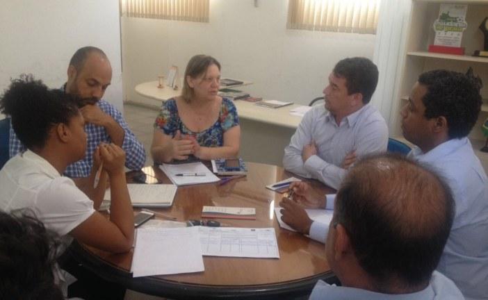 Lauro de Freitas articula incentivo à economia solidária para gerar renda e inclusão social
