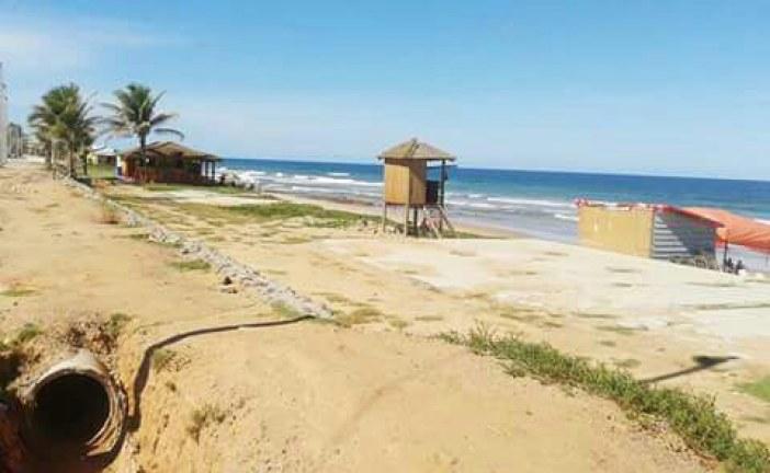 """Praia de Ipitanga: """"um cartão postal abandonado"""", afirma Dr. Emanuel Carvalho"""
