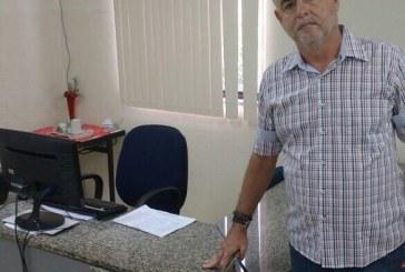 Vereador Coca Branco vai até a Semed cobrar máquinas em braile nas escolas municipais e não encontra secretário, sub e secretária executiva