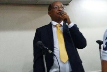 """""""Tenho uma história de 24 anos como médico em Lauro de Freitas, ninguém vai apagar isso"""", disse o vereador Emanuel Carvalho"""