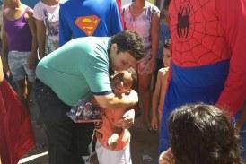 Vereador Isaac de Belchior promove Dia das Crianças em diferentes localidade do Centro