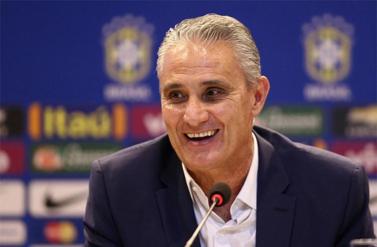 Tite divulga escalação da Seleção Brasileira em jogo contra a Bolívia na quinta (05)