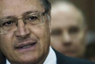 Alckmin afirma que ex-presidente Lula 'quer voltar à cena do crime'