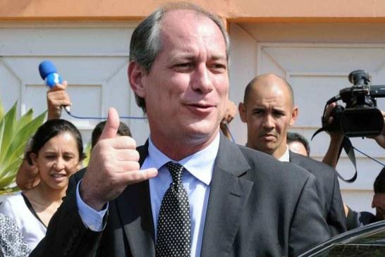 Ciro Gomes faz acordo com Lula para apoio no segundo turno