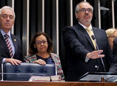 Senadores baianos gastam R$ 763,1 mil de Cota Parlamentar; veja quem gastou menos