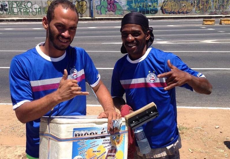 Bahia distribui camisas para torcedores humildes após comentário infeliz de rubro-negro