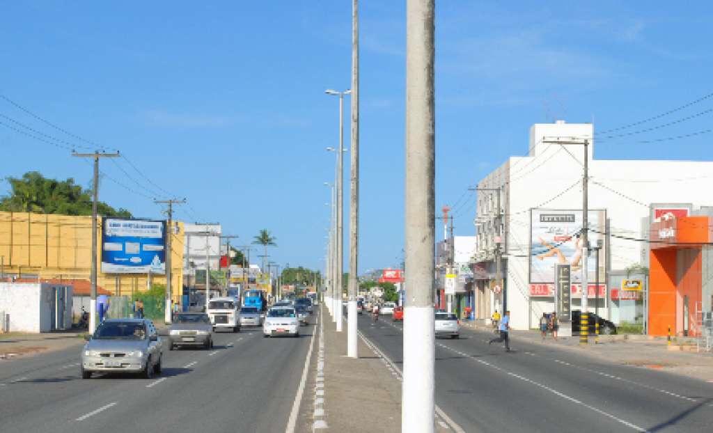 Lauro de Freitas: frentes sindicais fecharão a Estrada do Coco nas primeiras horas da manhã desta quarta-feira (24)