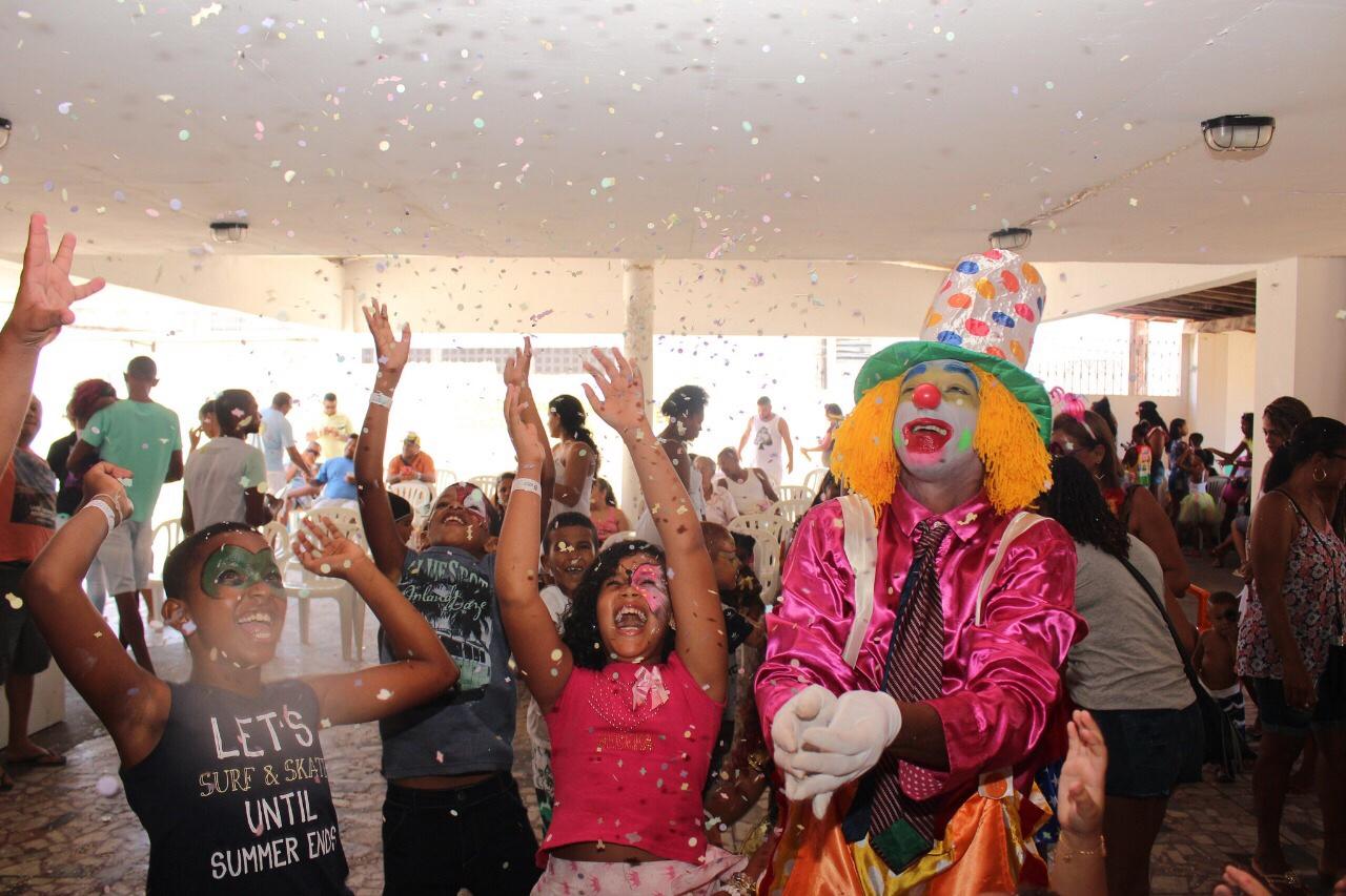 Bailinho Infantil foi sucesso no domingo de Carnaval em Lauro de Freitas