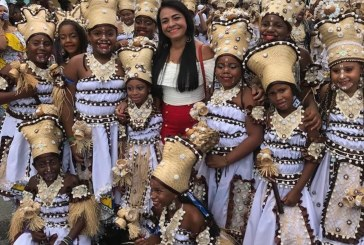 Prefeita Moema Gramacho acompanhou desfile do Bankoma em Portão
