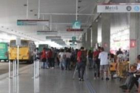 Rodoviários participam de protestos nesta segunda, mas ônibus não param; entenda