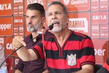 Presidente do Vitória cobra punição de atleta do Bahia que provocou torcida
