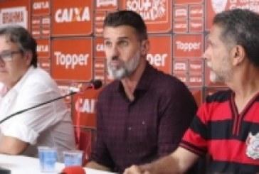 Mancini diz que vai avaliar punição para jogadores do Vitória