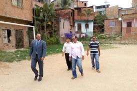 Vereador César acompanha as obras de melhorias no Campo do Caldeirão