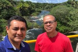 Alexandre Marques e secretário da Semarh visitaram barragem do Rio Joanes, neste domingo